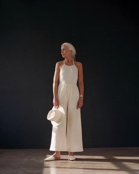 60-річна модель знялася в рекламі купальників