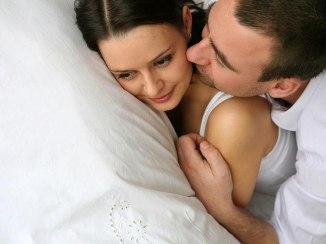 Боль во время секса знакома многим женщинам, но редко кто принимает