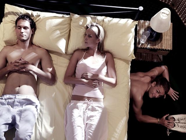 Почему женщины решаются на измену? - фильмы про измену мужчин.