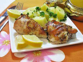 Курица запеченная с лимоном