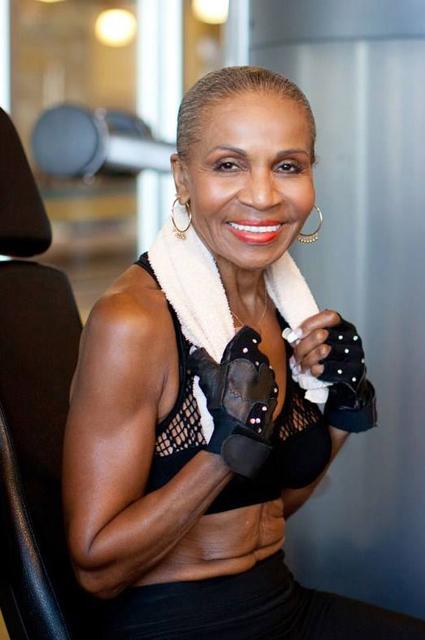 Фітнес-мотивація: 80-річна Ернестіна Шепард - найстаріша жінка-бодібілдер