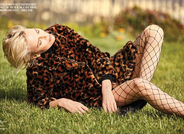 Шарліз Терон у зйомці V Magazine