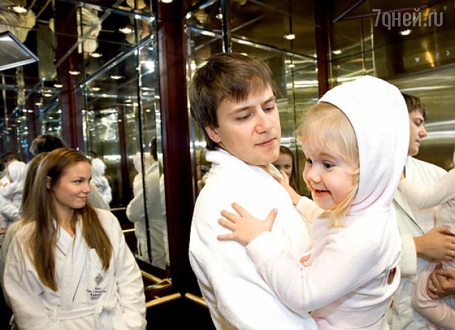 Известная актриса Татьяна Арнтгольц и Иван Жидков очень счастливы в